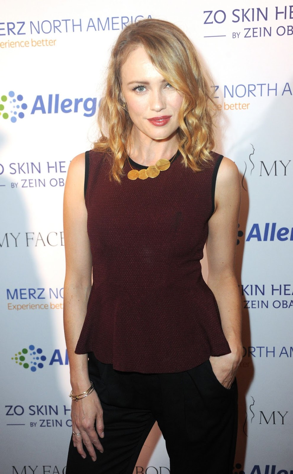 Full HQ Photos of 'Black Sails' actress Hannah New At Myfacemybody Awards In Beverly Hills