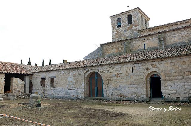 Claustro de la Iglesia de Santa María de Wamba