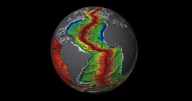 """En un comienzo, toda la corteza terrestre estaba unida en un solo gran continente llamado Pangea; este nombre, que proviene del griego y significa """"todas las tierras"""", fue asignado por el geofísico, astrónomo y meteorólogo alemán Alfred Wegener"""