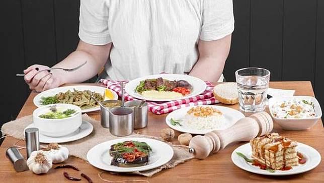 Makan Selalu Berlebihan?, Begini Cara Menghentikan yang Sudah Terbiasa