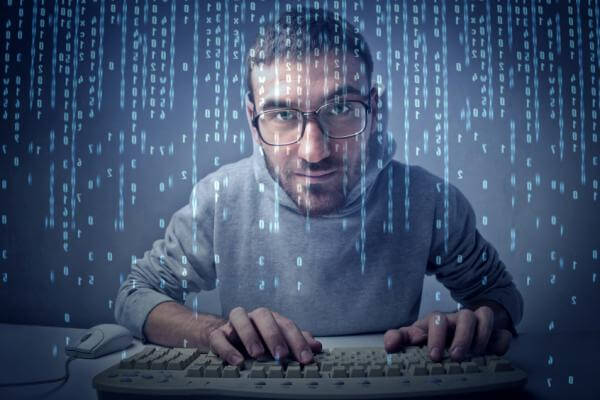 لعشاق-البرمجة-تدرب-علي-كتابة-الأكواد-البرمجية-بسرعة-وبدقة