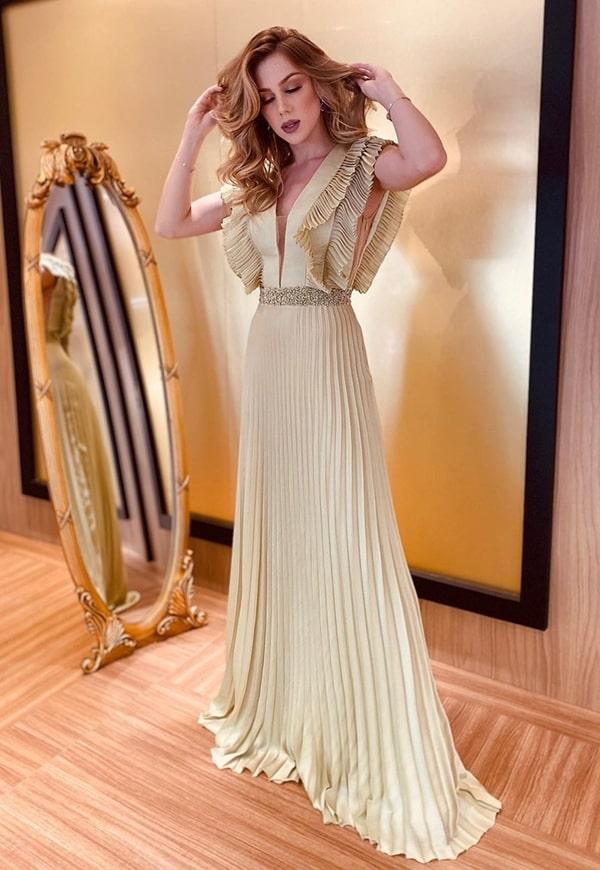 vestido de festa longo plissado