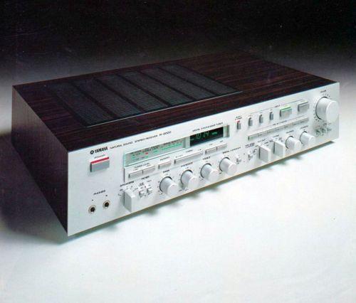 YAMAHA R-2000