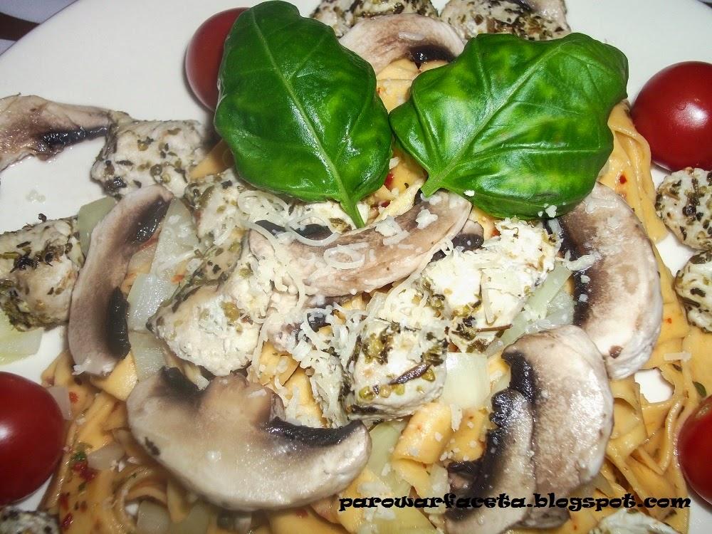 Tagliatelle z warzywami z parowaru