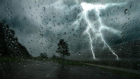حالة الطقس. أمطار غزيرة محليا هذا الجمعة في العديد من مقاطعات المملكة 13.11.2020