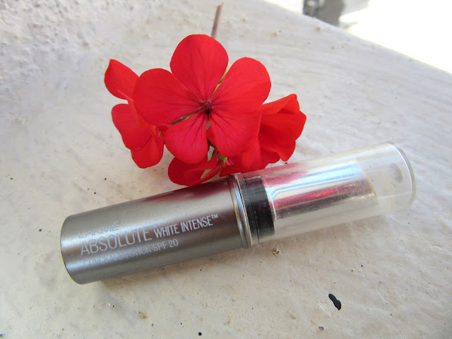 February 2016 Beauty Favorites Lakme Absolute White Intense concealer Stick