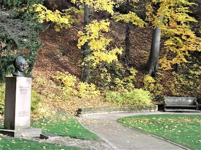 Heidelberger Schloss Goethesäule