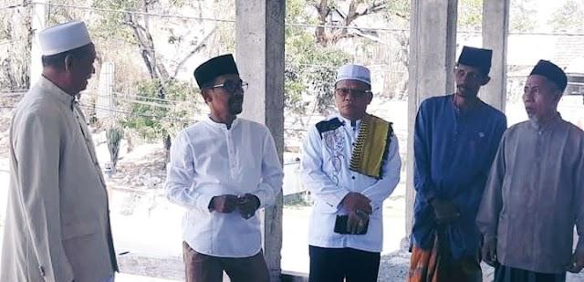 Sholat Jumat di Masjid An-Nur Monggonao, Walikota Janji Kucurkan Dana Rp300 juta