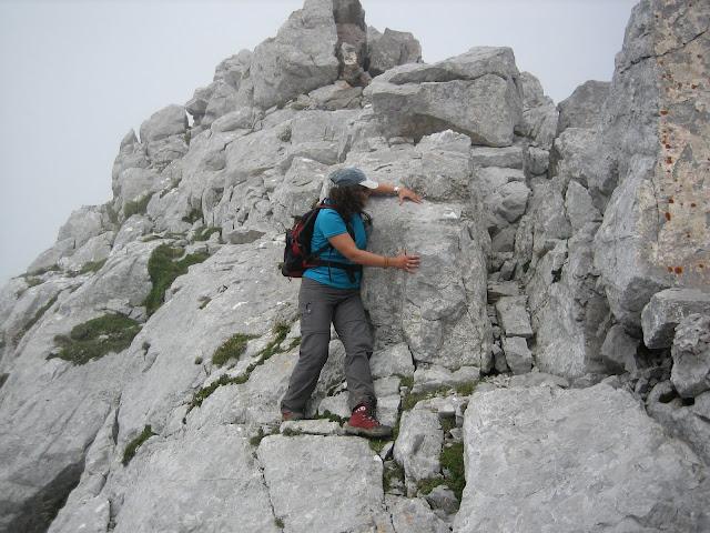Rutas Montaña Asturias: Descendiendo el Canto Cabronero