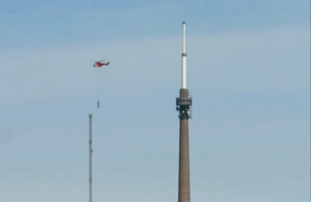 Emley Moor and its temporary mast