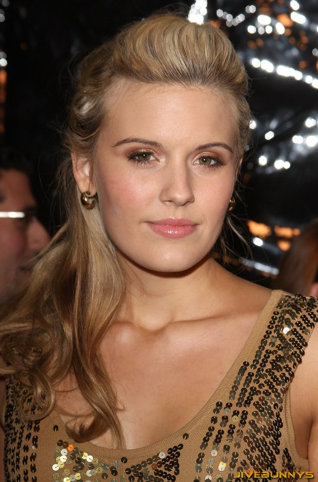 Who is alison lohman dating 6