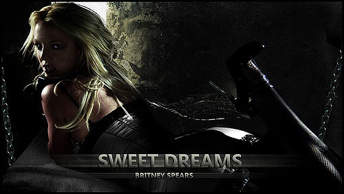 Britney Spears  - Sweet Dreams (Are Made Of This) (Circus Interlude)