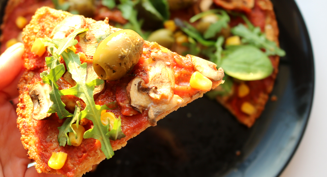 Quinoa Pizza (Vegan / Gluten-Free / Deliciously Ella recipe) #Veganuary
