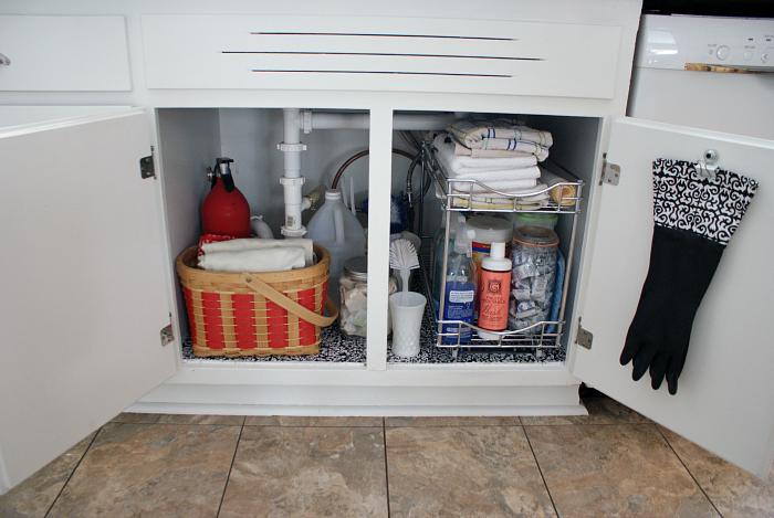 Easy DIY Organization Under the Sink