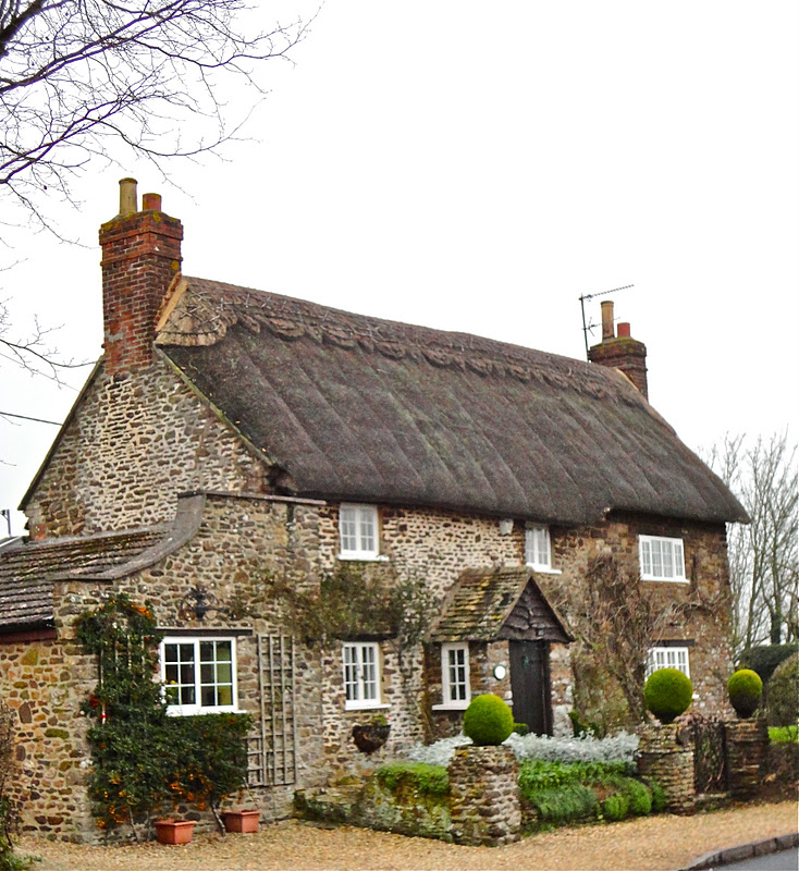 English Cottage Village: Where Five Valleys Meet: English Thatched Country Cottages