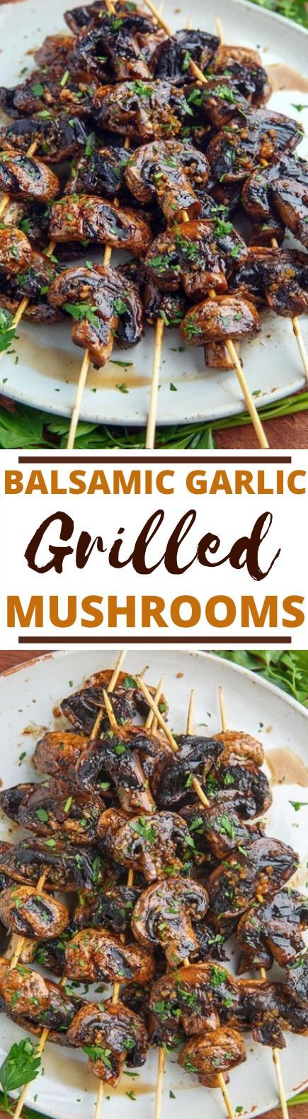 Balsamic Garlic Grilled Mushroom Skewers #vegan #recipes #sidedish #mushroom #grilling