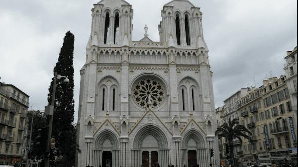 Trois morts dans la basilique de Nice assassinés par un terroriste islamiste, c'était il y a 6 mois…
