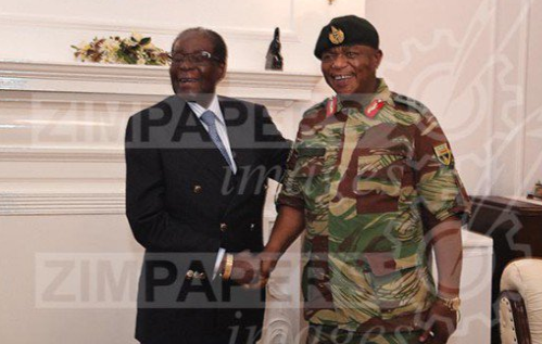 Robert Mugabe meets & shakes hand with Army chief amidst reports of 'coup' in Zimbabwe