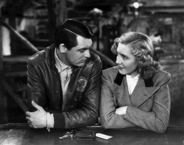 Cary Grant y Jean Arthur