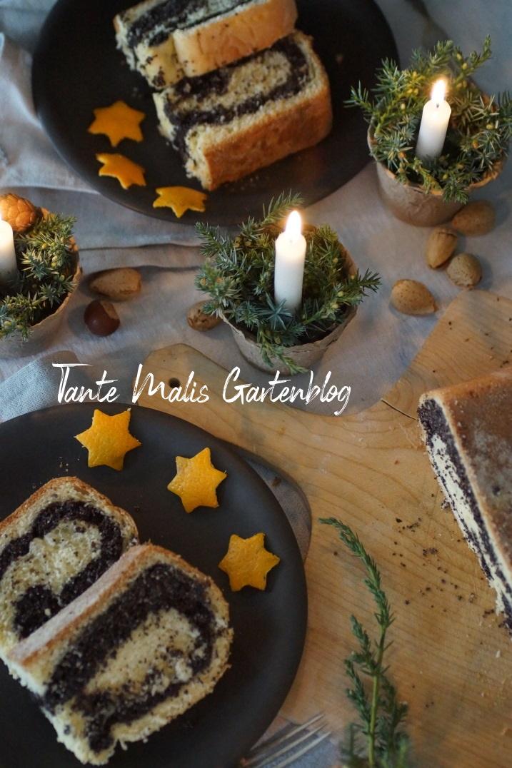 Weihnachtliche Tischdekoration mit Mohnpotitze