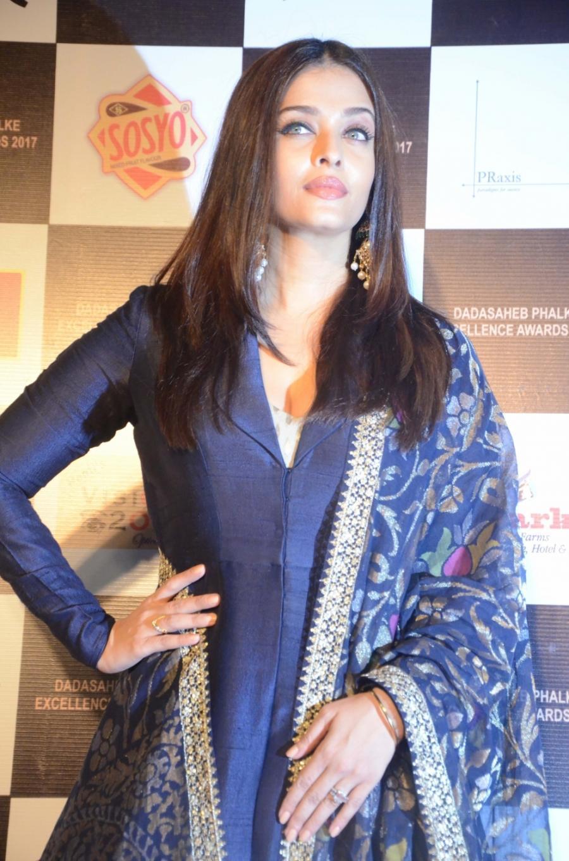 Actress Aishwarya Rai At Dadasaheb Phalke Awards 2017