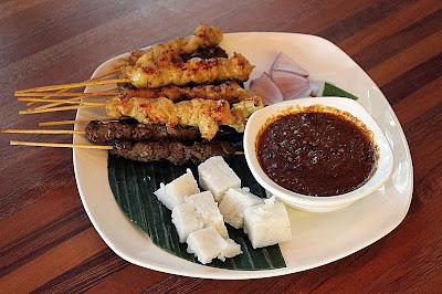 Sate, Makanan Malaysia sama dengan Indonesia