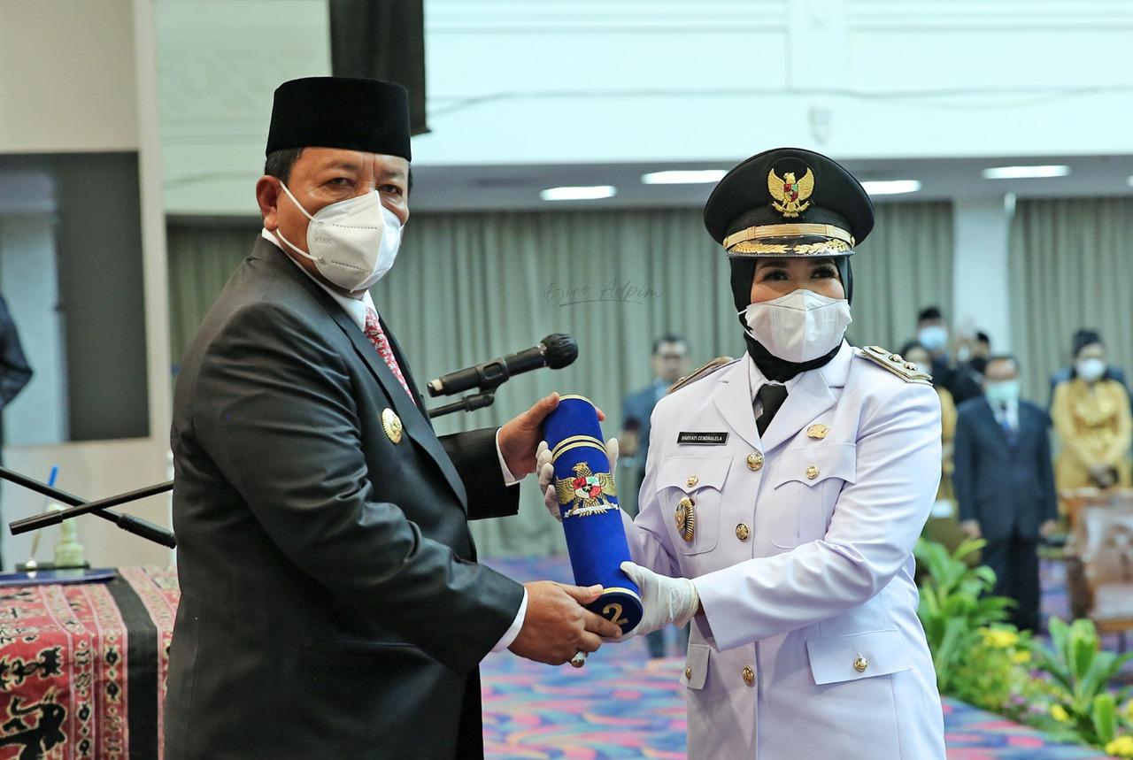 Gubernur Arinal Lantik Haryati Chandralela sebagai Wakil Bupati Mesuji Sisa Masa Jabatan 2017-2022