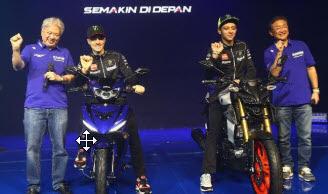 Setelah Yzr-M1, Rossi Dan Vinales Tunggangi Motor Gres Yamaha