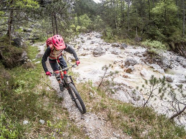 Mountainbike MTB Gegenüber von Monte Jama