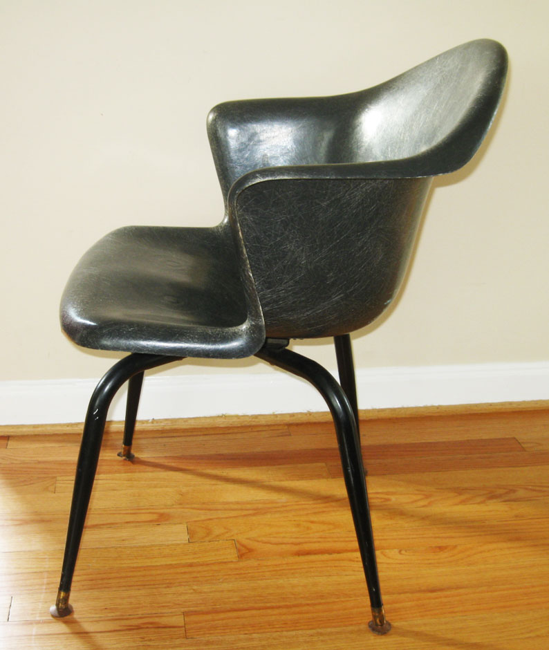 Gotcha Modern!: 1950s Fiberglass Swivel Bucket Chair