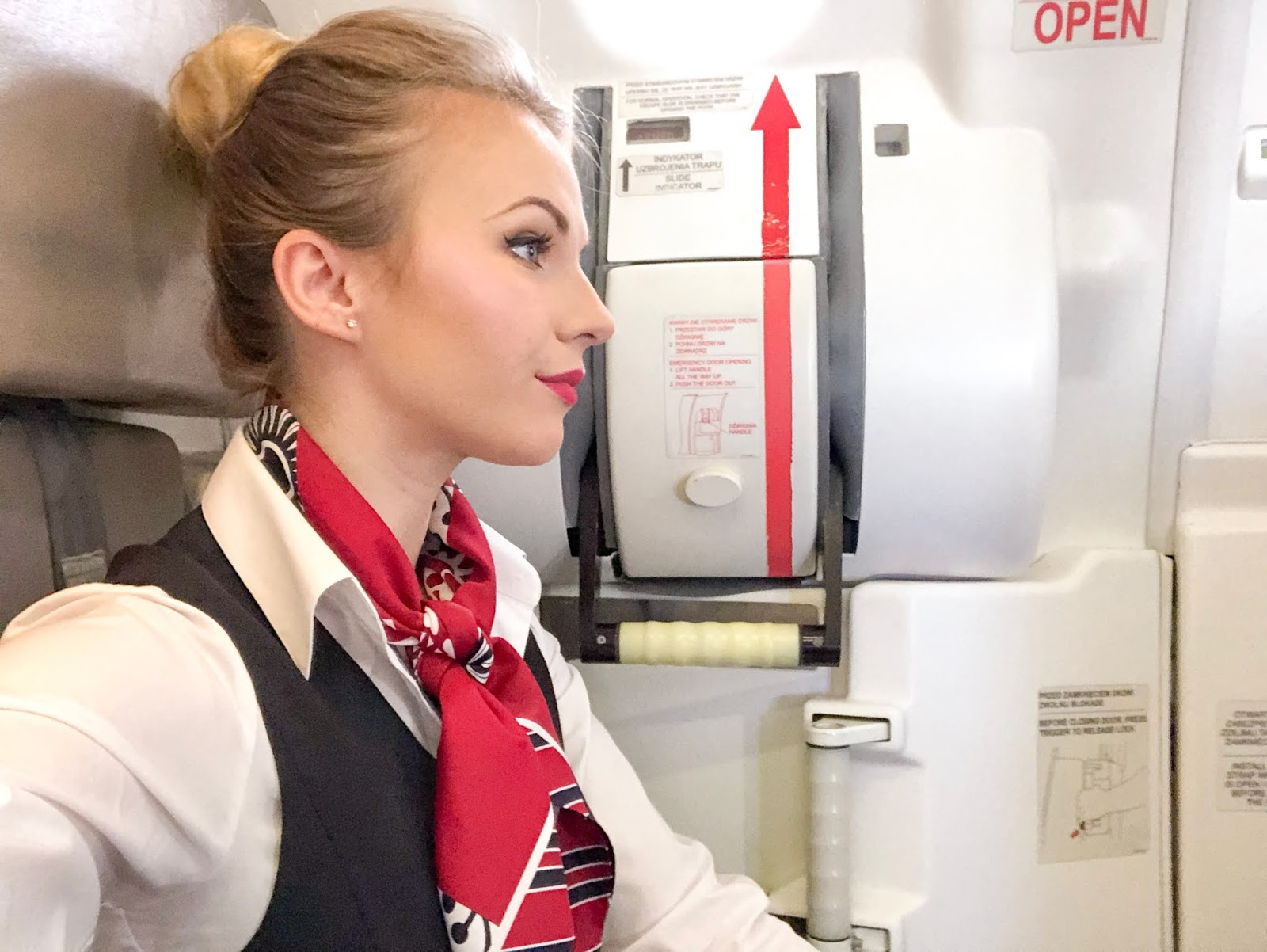 stewardesa.jpg