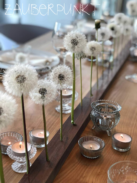 Tischdekoration mit Pusteblumen, Löwenzahn, Frühling, haltbar gemachte Pusteblumen, Freiluftzimmer, Tablesetting, Springtime, Homesweethome, Daheim ist es am schönsten, Gemütlich,