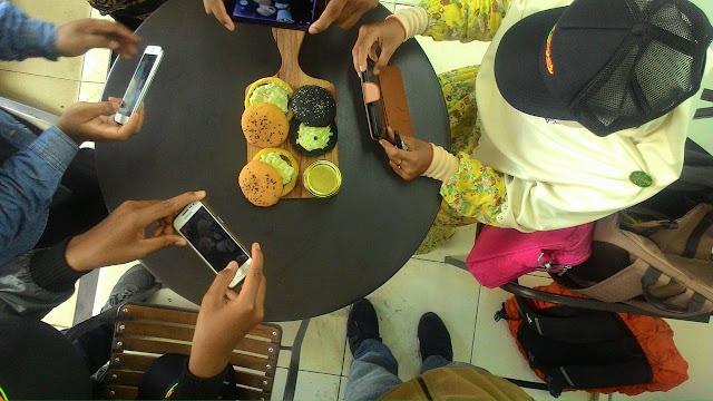 L Burger Lampung