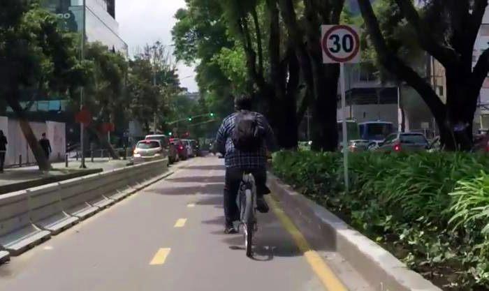 ruas com aluguel bicicletas eletricas
