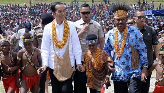 Dengar Aspirasi Gubernur dan Bupati Soal Hasil Pertanian Arfak, Jokowi Janji Bereskan Masalah Infrastruktur