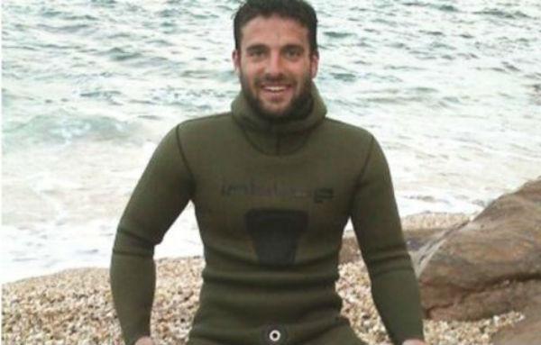 Τραγωδία: Νεκρός σε παραλία της Εύβοιας βρέθηκε ο 33χρονος αγνοούμενος ψαροντουφεκάς (ΦΩΤΟ)