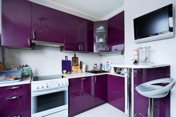 Glossy Purple Kitchen Cabinets