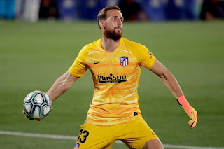 Manchester United in contact with Atletico Madrid over Chelsea target Oblak