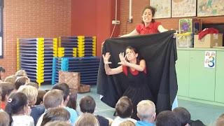 http://cancarabassaprimer.blogspot.com.es/2016/04/setmana-cultural-teatre-lescola-contes.html