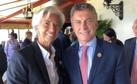 FMI suspende envío de dólares a Argentina hasta definir acuerdo
