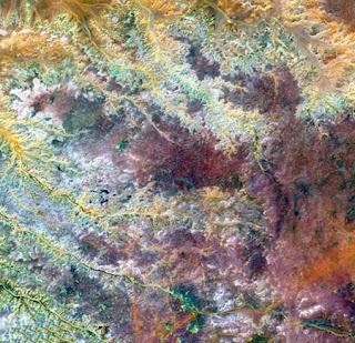 ستون صورة مدهشة لكوكب الأرض من الأقمار الصناعية 19.jpg