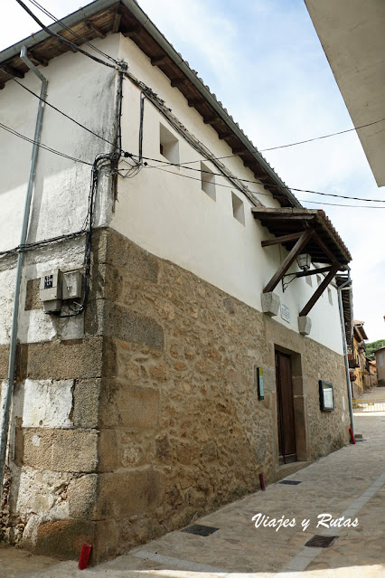 Teatro eón Felipe de Sequeros