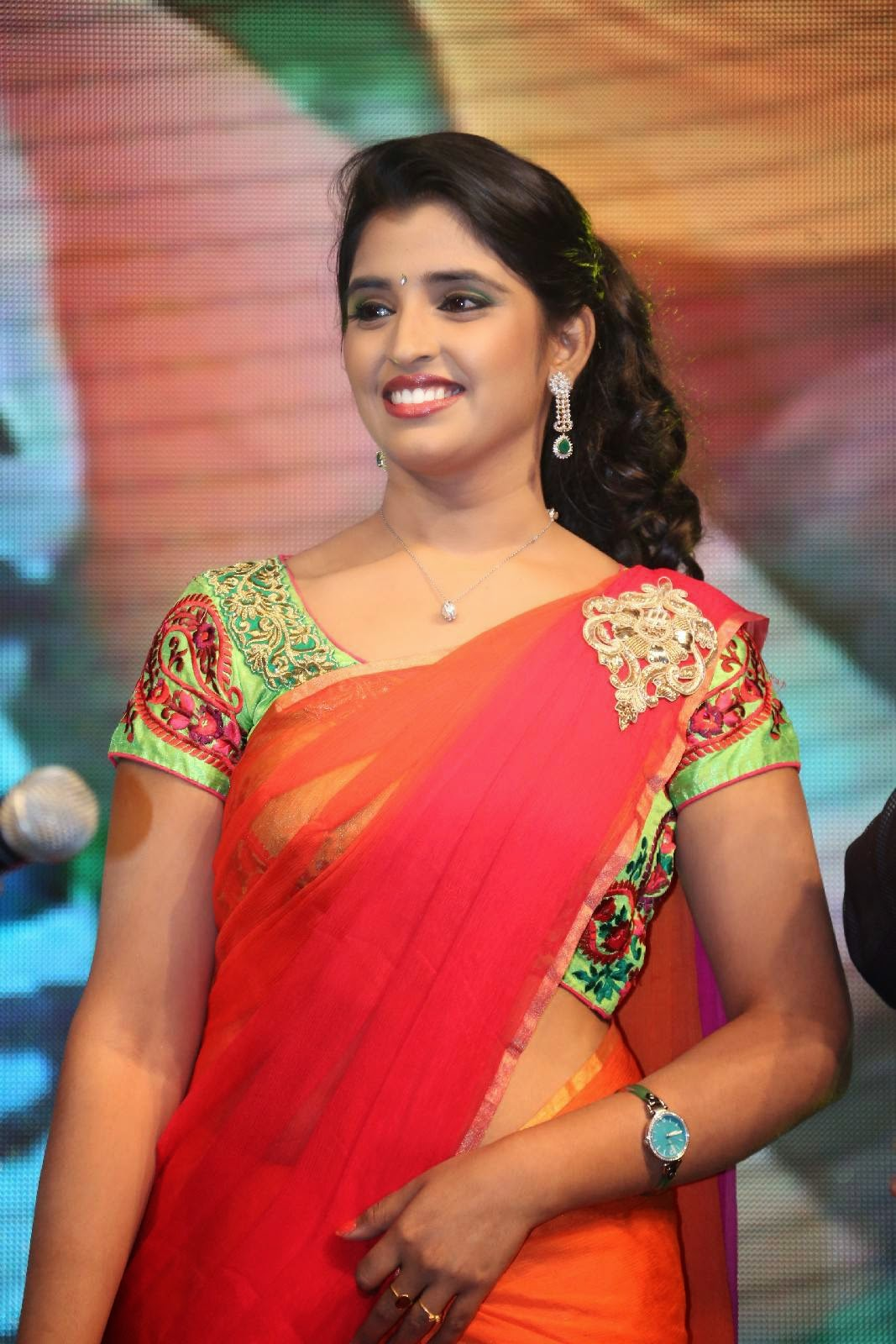 Cute Anchor Wallpapers Shyamala Photoshoot Stills At Rough Movie Audio Launch