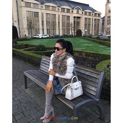 Syahrini, tanggal lahir Syahrini, tinggi badan Syahrini, Foto terbaruSyahrini, pacar Syahrini, instagram Syahrini,