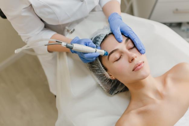 Non-Invasive Cosmetics Procedures To Consider