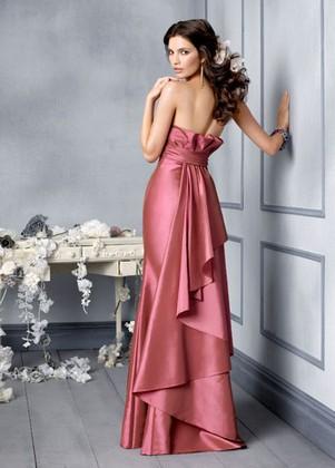pinkbizarre: Bridesmaid Dresses Designers