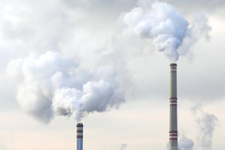 pollution-chimneys-gajraula