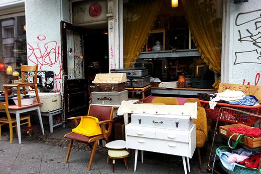 Berlin Vintageshopping Antiquitäten Vintage Interior Secondhand Shoppingtipps Travelguide Shoppingguide Kreuzberg Holunderweg18