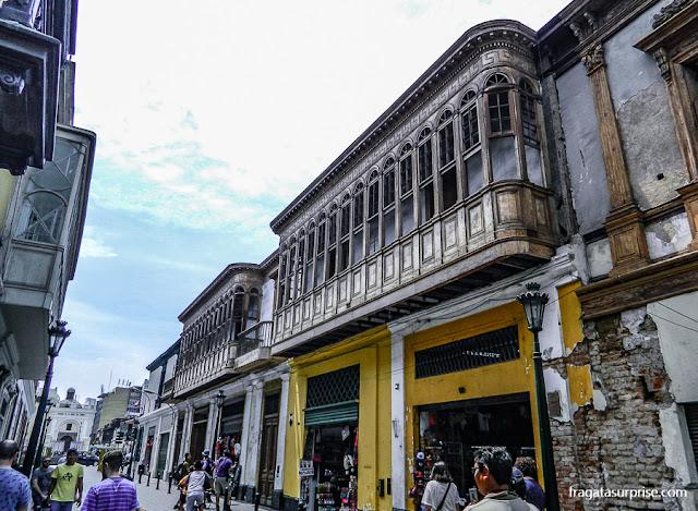 Balcões coloniais nos casarões do Centro Histórico de Lima