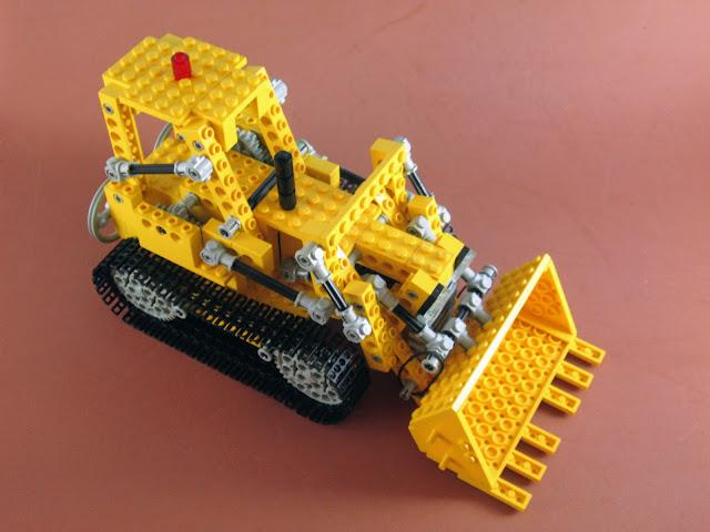 Set LEGO Technic 856 Bulldozer